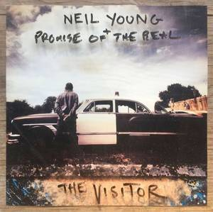 Neil_Young_The_visitor.jpg